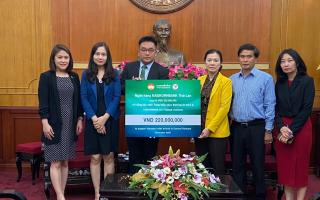 กสิกรไทย ร่วมบริจาคเงินช่วยเหลือผู้ประสบภัยพิบัติทางธรรมชาติในเวียดนาม